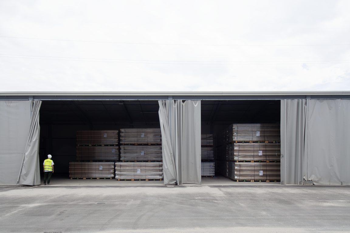 magazzino deposito tubi in cartone
